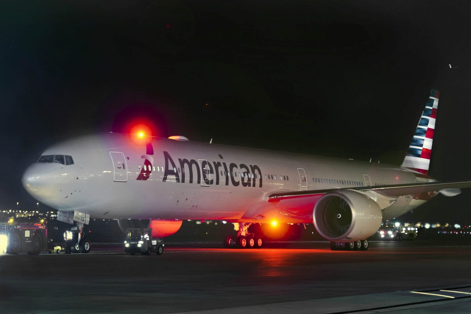 American Airlines Smashes Official Recommended Cabin Crew Pay as First Quarter Revenue Soars