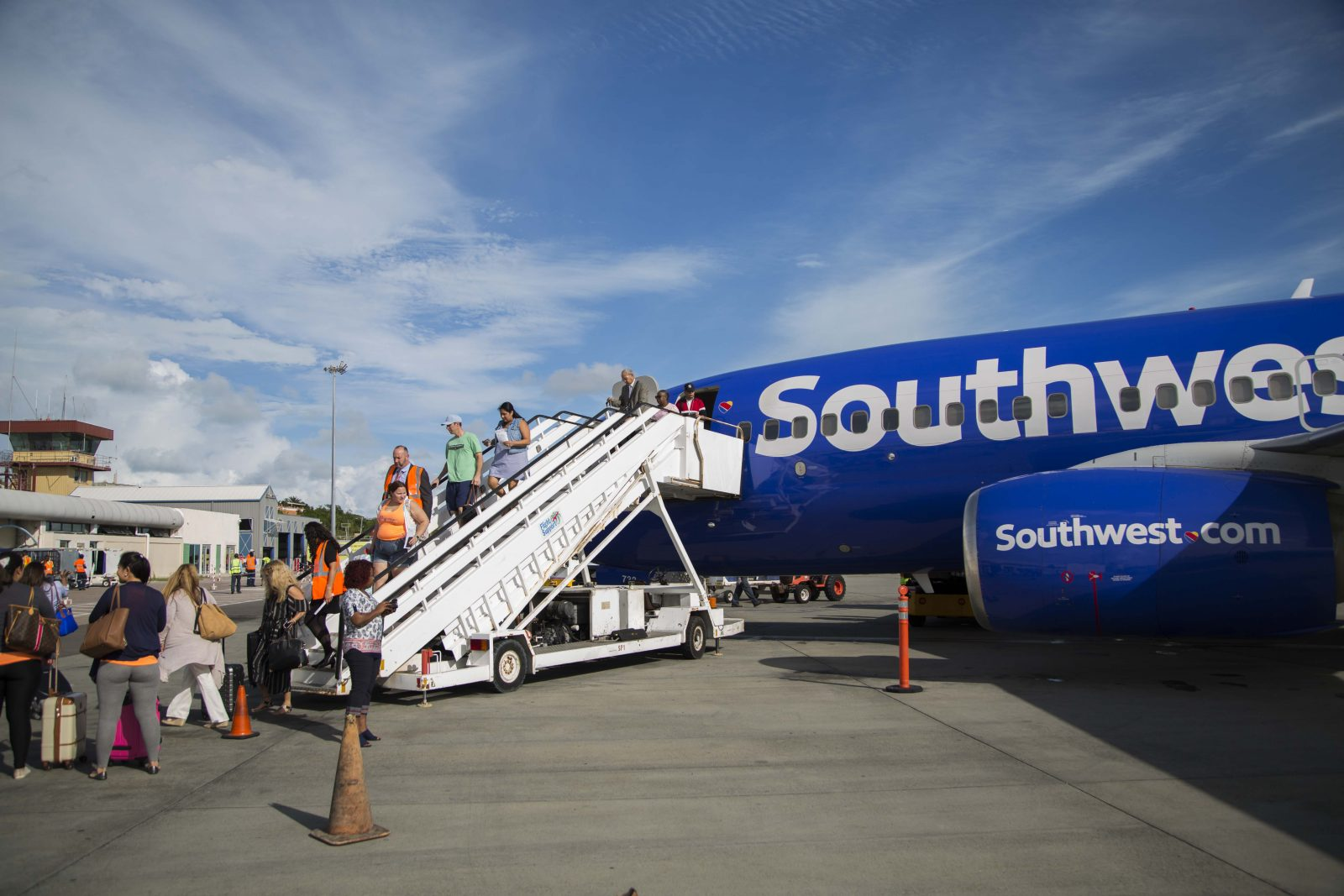 Check Out Southwest Airlines' Huge Employee Profit Sharing Scheme: Equivalent to 5 Weeks Worth of Pay