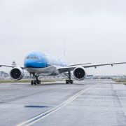 Once Again, A Mobile Phone Has Set Ablaze Mid-Flight: KLM Pilot Declares Emergency Due To Smoke in Cabin