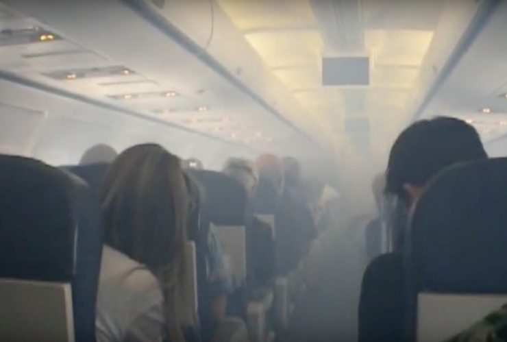 "Pilots and Cabin Crew in the UK are Taking Legal Action Against Airlines in ""Toxic Air"" Dispute"
