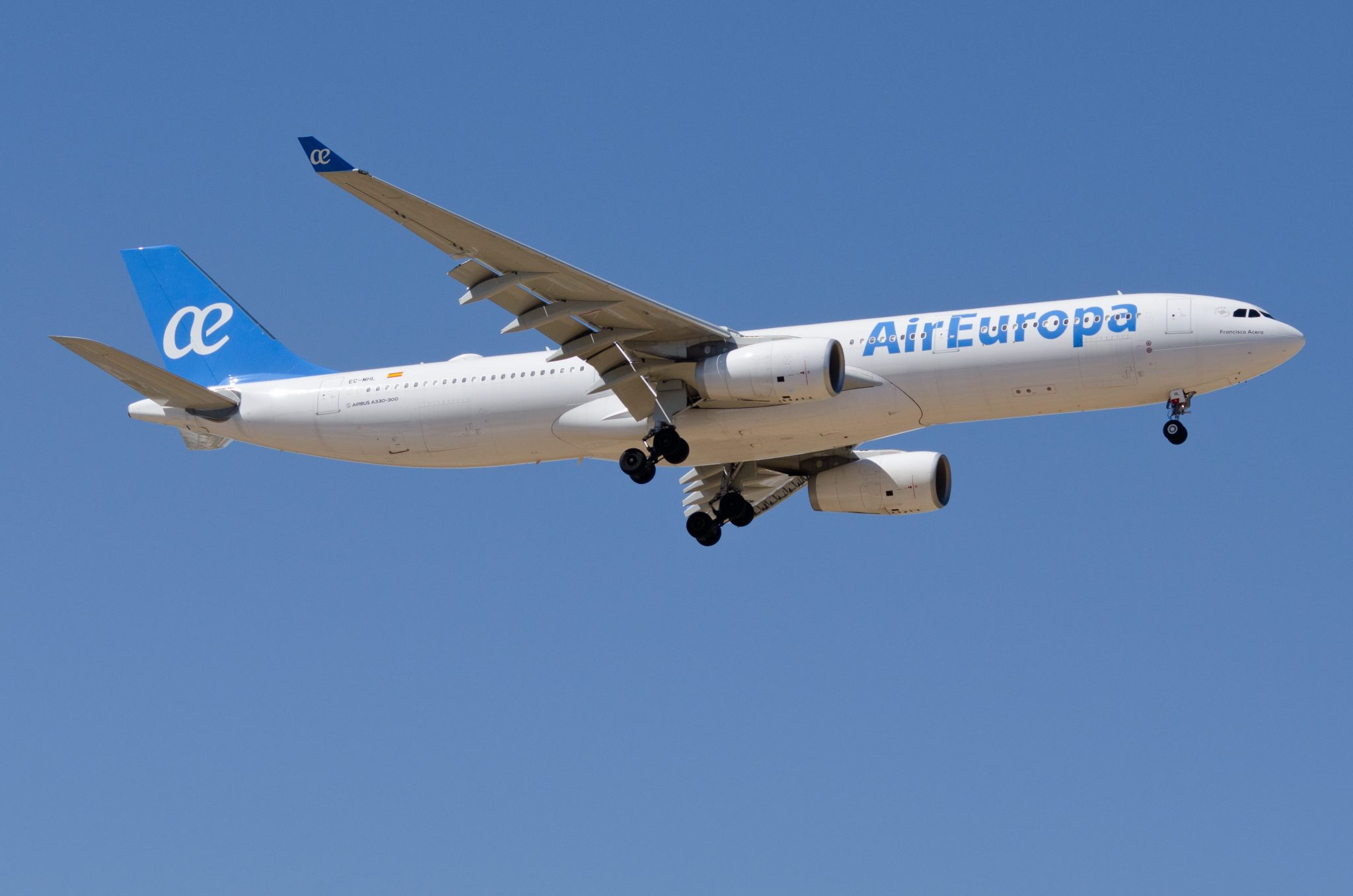 Spanish Union Demands Air Europa Cancels Carcacas Flights After Armed Robbery