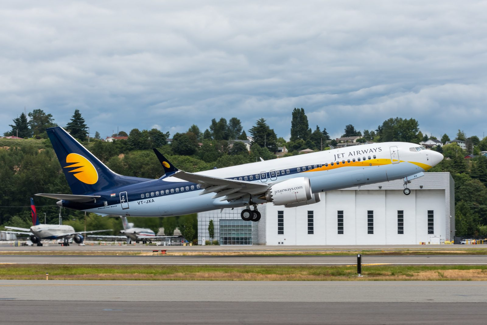 """Does Anyone Think Jet Airways Will Every Experience the """"Joy of Flying"""" Again?"""
