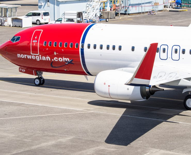 Norwegian Plans on Slashing 448 Cabin Crew and Pilot Jobs in Spain, Closing Madrid Base